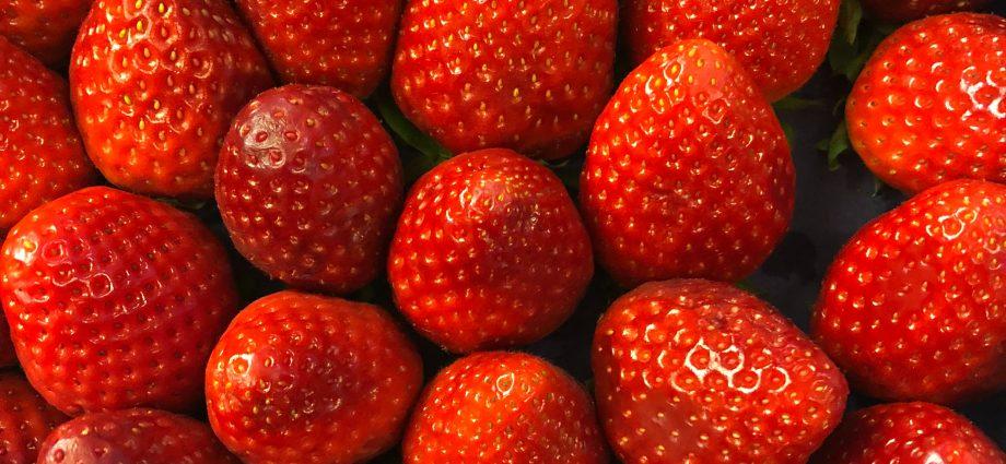 การบำรุงผิวหน้าด้วยผลไม้